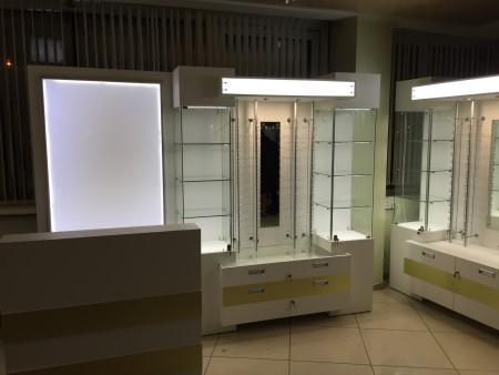 Фото торгового оборудования - витрины